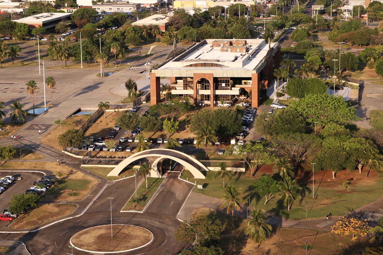 Palácio Araguaia, sede do governo do Tocantins, localizado em Palmas, TO, BR.