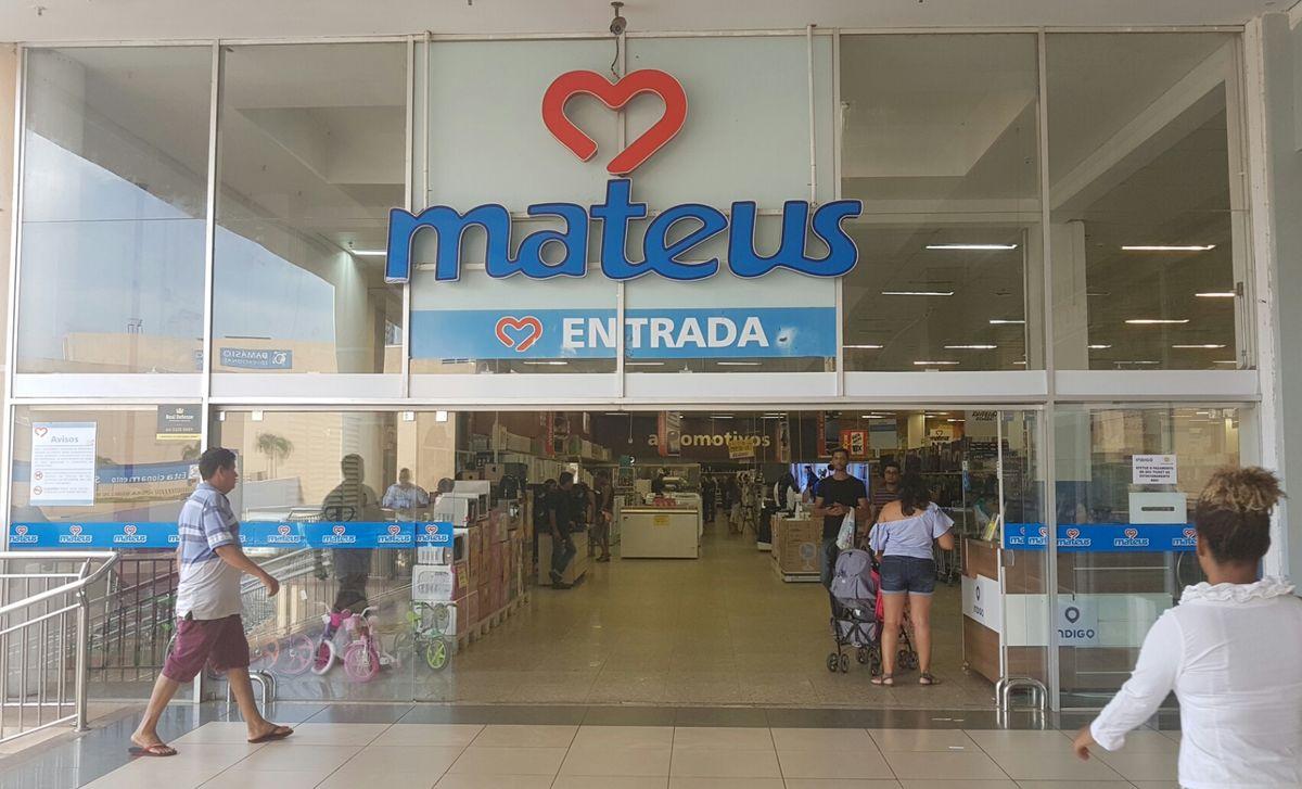 Fachada Mateus Supermercado