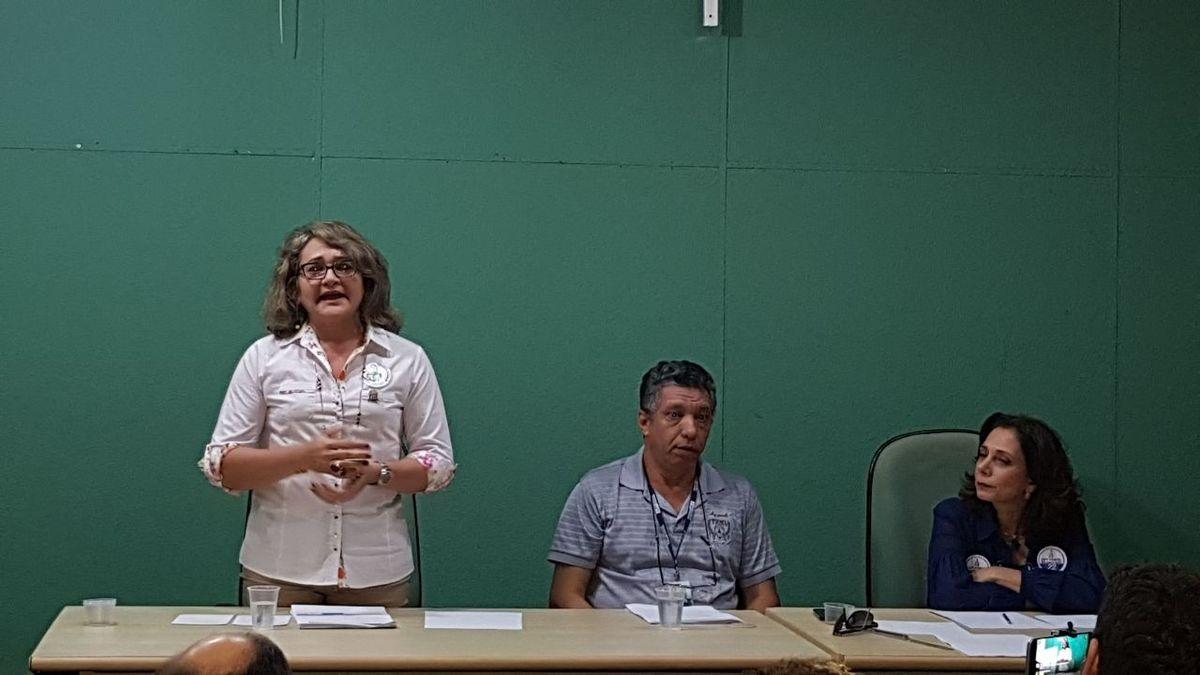 Ana-Lucia-Debate-1