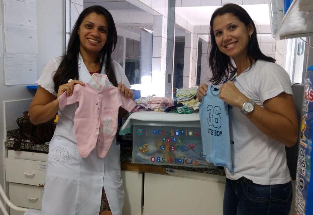 Equipe recebe itens para entregar a famílias carentes - Divulgação  (2)