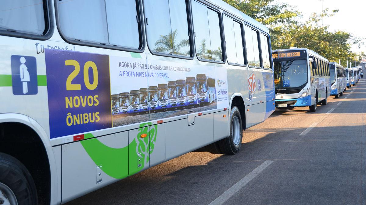 Novos ônibus e Ponto Taquari 22.06.17 JS (409)