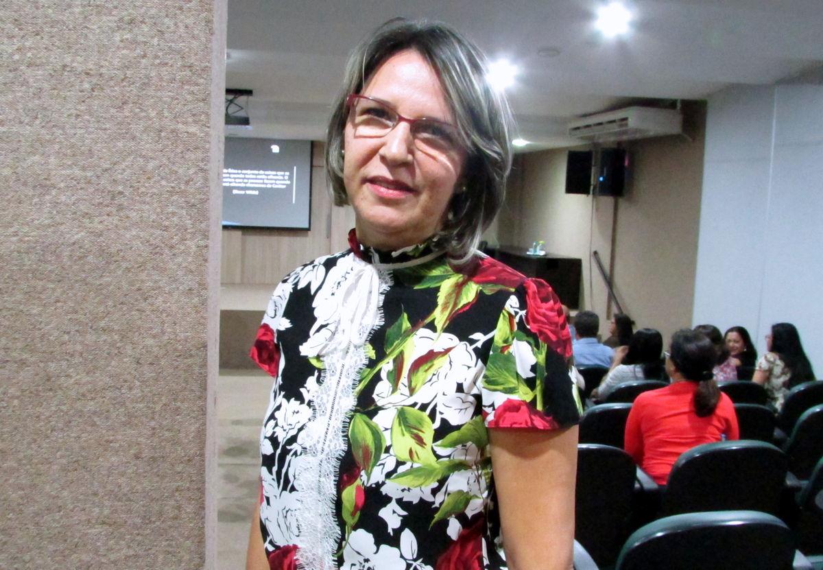 Coordenadora pedagógica do Colégio Estadual Tiradentes, Ivone Vidigal (Foto: Núbia Daiana Mota / Governo do Tocantins)