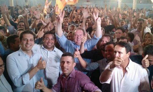 Com 12 deputados, Carlesse lança pré-candidatura e reforça bandeira do municipalismo