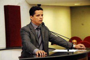 """Deputados aliados defendem gestão de Miranda; """"o povo vai dar uma nova vitória para ele continuar o trabalho"""", diz Josi"""
