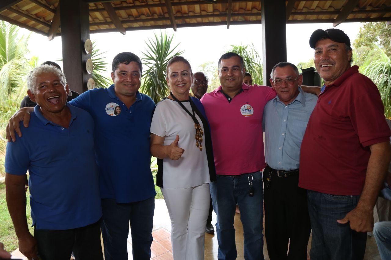 Campanha de Kátia comemora apoio de líderes do Democratas e do MDB
