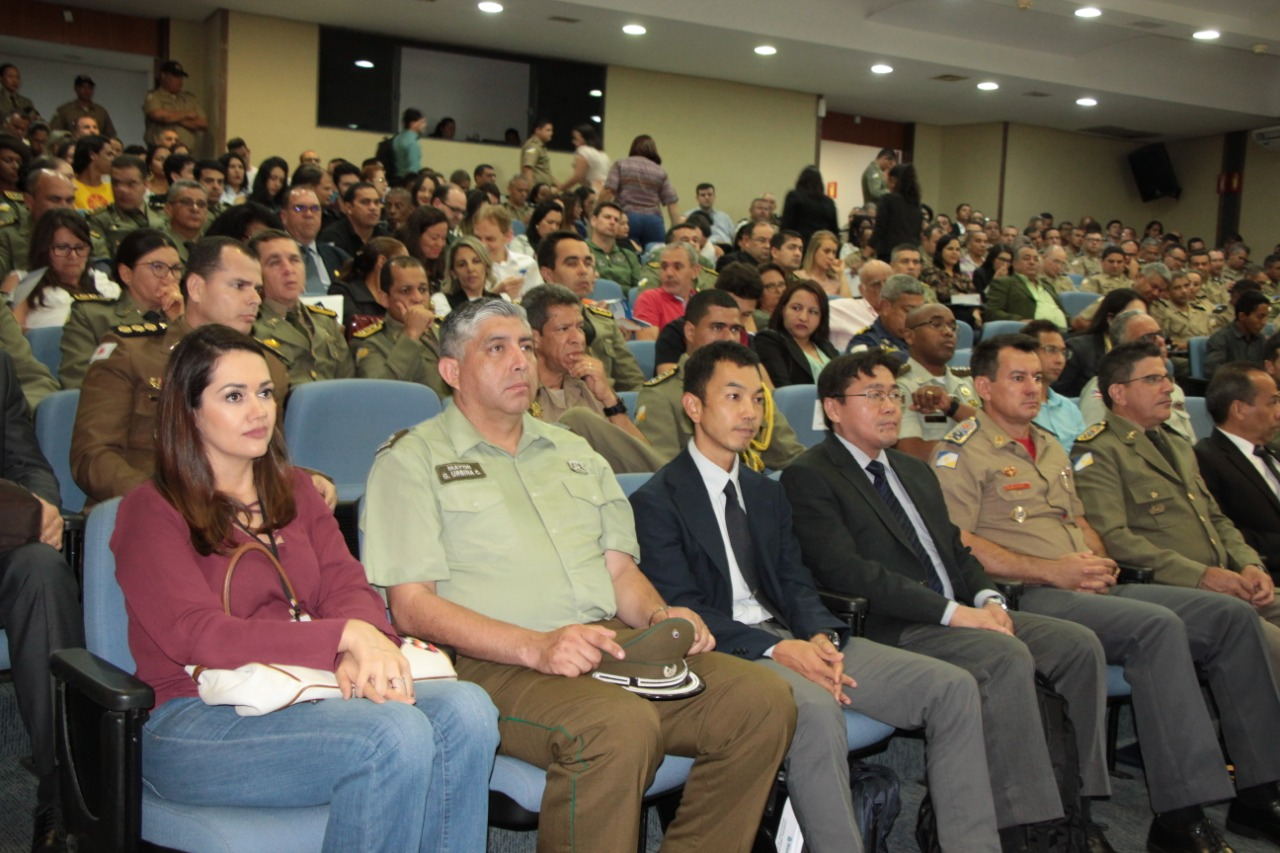 Troca de experiências: polícias civil e militar participam de seminário internacional