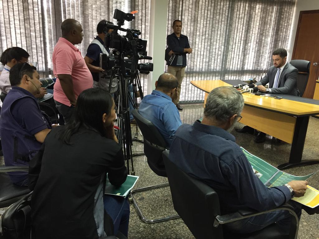 Secretário nega caos ou colapso do sistema prisional e fala da falta de projetos das gestões anteriores