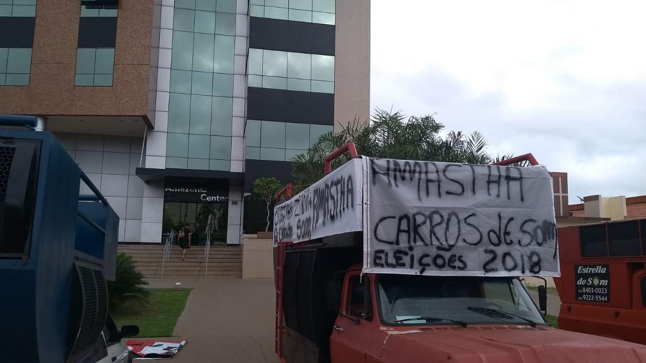 """Protesto: """"Funk do Amastha"""" será tocado até que dívida de campanha seja paga, diz dono de carro de som"""