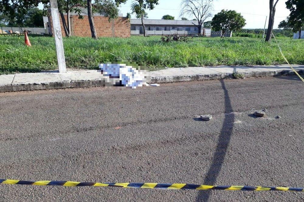 Após suposto desentendimento com criminosos, adolescente é morto a tiros