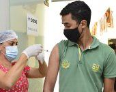 Com novo público, palmenses podem se vacinar contra a covid até às 17h neste sábado